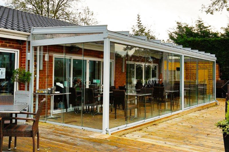 Commercial verandas and glass rooms